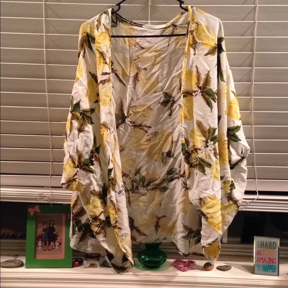 7bf3713cf1 Lemon Print Summer Beach Cover Up Kimono. M_5ab1b31031a37614224700d6. Other  Swims you may like. Jordan Taylor size XL hooded swimsuit ...